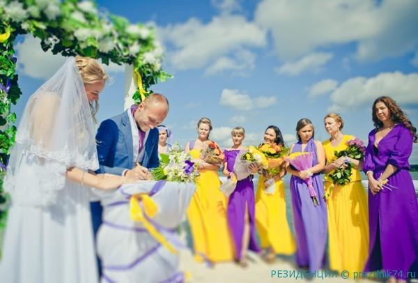 Podruzhki nevesty na svadbe
